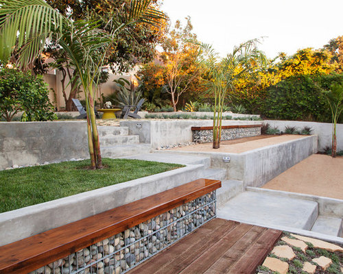 Design Ideas For A Contemporary Partial Sun Backyard Gravel Retaining Wall  Landscape In Los Angeles.