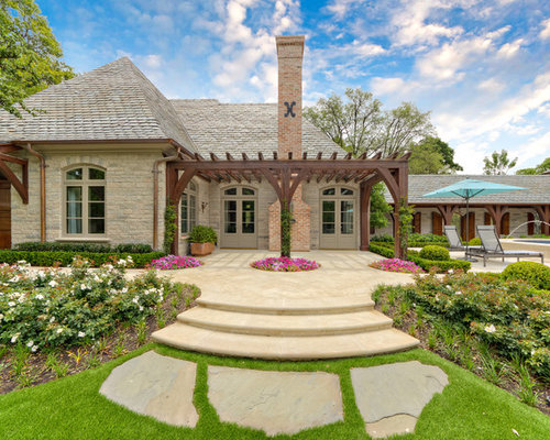 Best French Country Stone Design Ideas & Remodel Pictures | Houzz