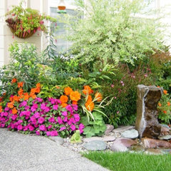 contemporary landscape by Personal Garden Coach