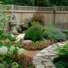 traditional landscape by Exterra Designs, Inc