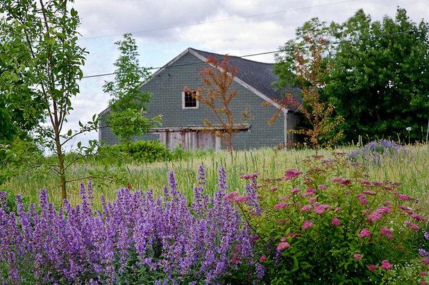 Traditional Landscape by Matthew Cunningham Landscape Design LLC