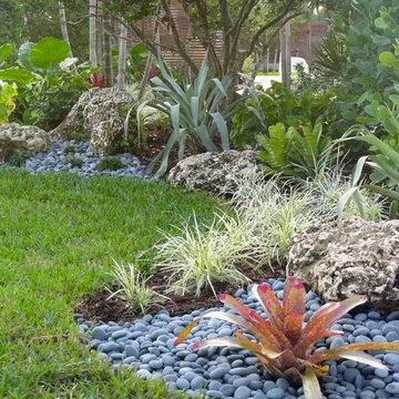 Front yard landscape South Florida