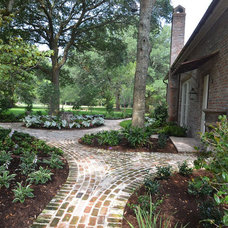Traditional Landscape by Mike Porter Design + Build
