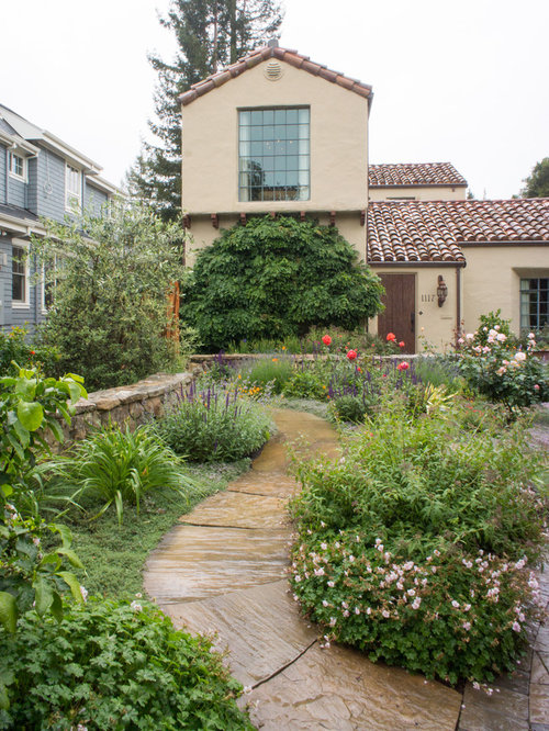 English garden landscape design houzz for Home garden design houzz
