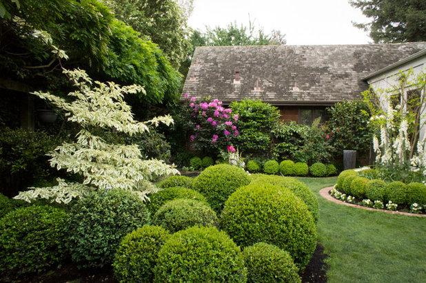 Klassisch Garten by Hoi Ning Wong