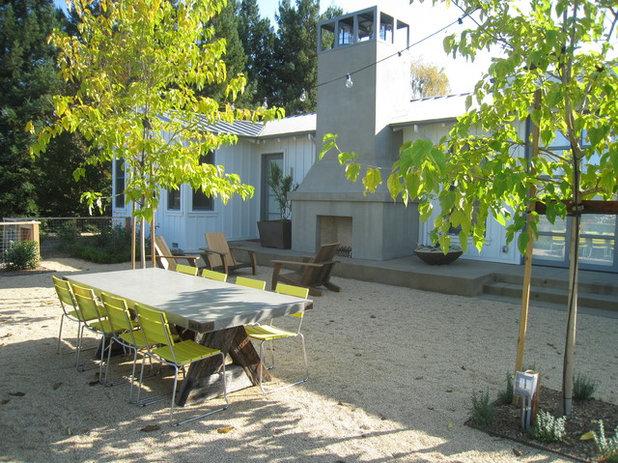 Farmhouse Landscape by Garden Architecture