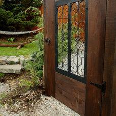 Traditional Landscape garden gate