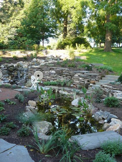 Traditional Landscape by Garrett Churchill Inc.
