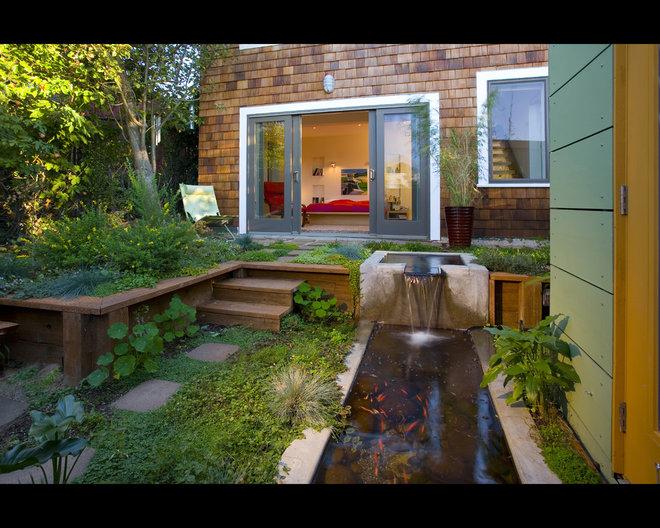 Contemporary Landscape by Rossington Architecture