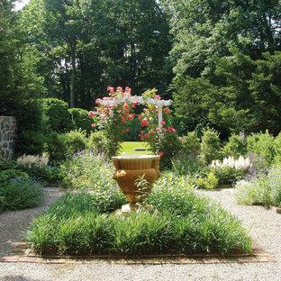 Garden Urn and Trellis