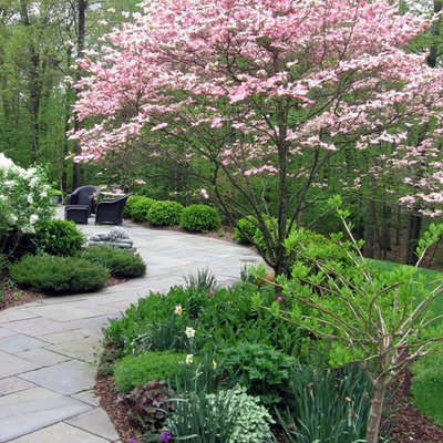 This is an example of a traditional landscaping in New York.
