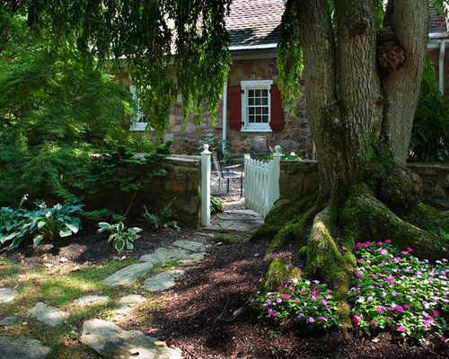 Landscaping Ideas Around Oak Trees : Planting under tree houzz