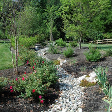 Traditional Landscape by H&G Landscape Architects