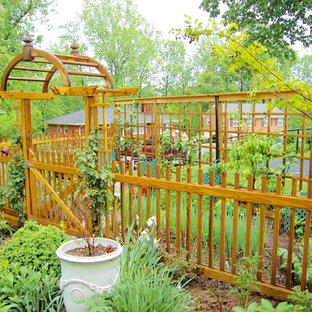 Design ideas for a traditional formal garden in Other.
