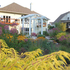 Traditional Landscape by Daryl Melquist @ Bachmans Landscape Design