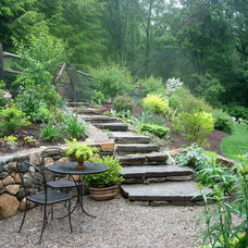 Rustic Landscape by Earth Mama Landscape Design