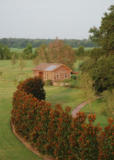 Farmhouse Landscape by Al Jones Architect