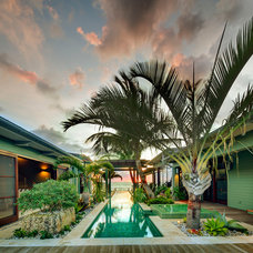Tropical Landscape by DWY Landscape Architects