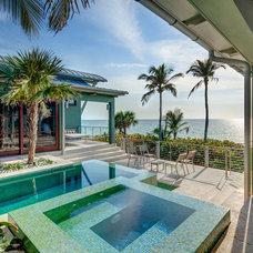 Tropical Landscape by DWY Landscape Architects