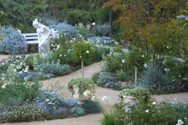 Klassisch Garten By Margie Grace   Grace Design Associates
