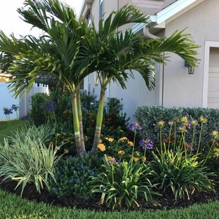75 Beautiful Tropical Landscaping Pictures Ideas Houzz