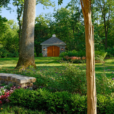 Design ideas for a large traditional backyard landscaping in DC Metro.