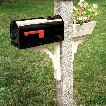 Granite Mailbox Post with Wood Flower Box