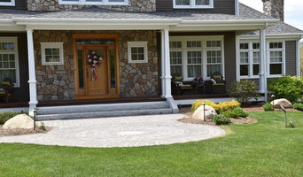 Gray Granite Steps with Belgard Circle Kit