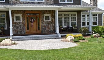 Gray Granite Steps with Belgard Circle Kit