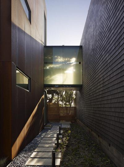 Contemporain Jardin by Steven Miller Design Studio, Inc.