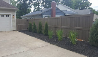 Green Teak Vinyl Fence Installation