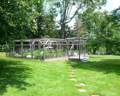 Ideas For A Traditional Landscape In New York With A Vegetable Garden