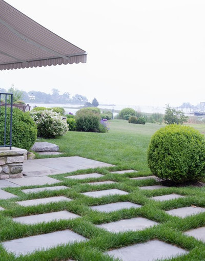 Traditional Landscape by Sasco Farms Landscape Design