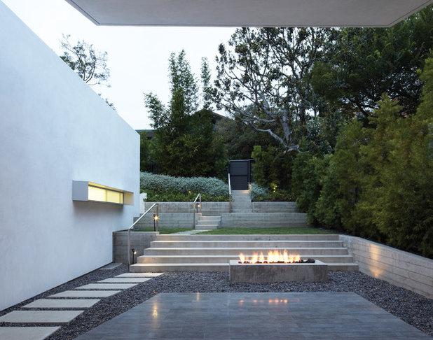Modern Garden by Griffin Enright Architects