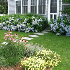 Traditional Landscape by CBA Landscape Architects, LLC