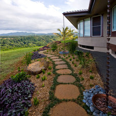 Tropical Landscape by Greenwood Homes