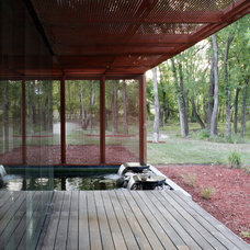 Contemporary Landscape by Hufft Projects