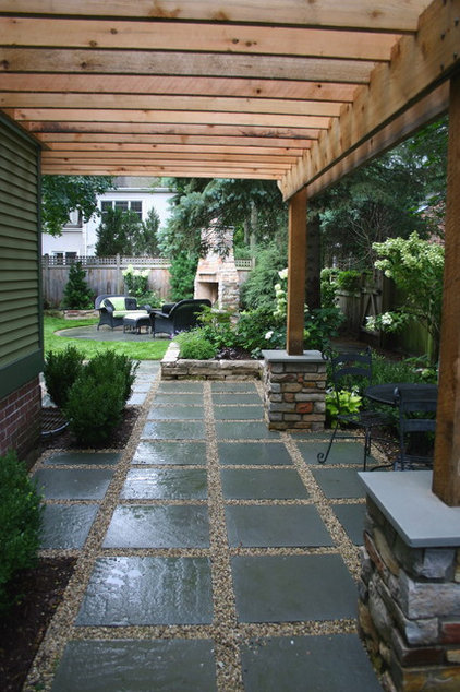 how to build a paver and gravel patio