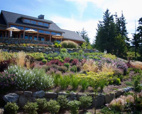 Hillside garden houzz for Hillside architecture