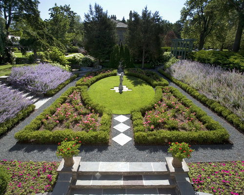 English formal garden houzz for Victorian garden designs