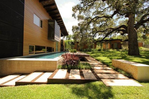 Contemporary Trädgård hog pen creek