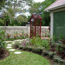Tropical Landscape by Home and Garden spaces