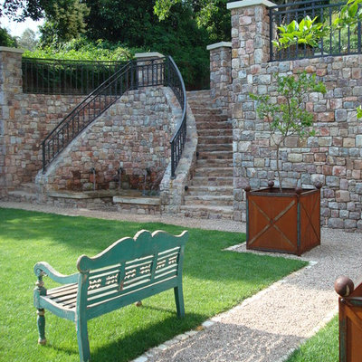 Design ideas for a traditional water fountain landscape in Other.