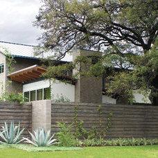 Modern Landscape by McDugald-Steele Landscape Architects