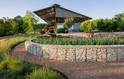 See 10 Elegant Ways With Stone and Wire