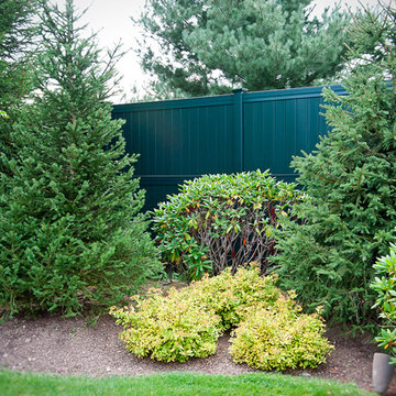 Hunter Green PVC Vinyl 8' High Privacy Fence from Illusions Fence