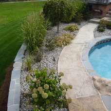Traditional Landscape by Legendary Escapes Pools
