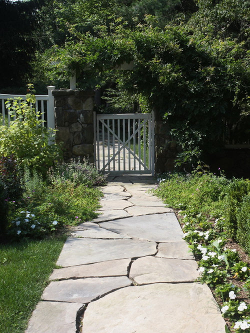 photo of a traditional stone landscaping in new york - Flagstone Walkway Design Ideas