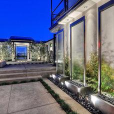 Contemporary Landscape by JDL Construction