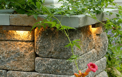 8 Effective, Beautiful Lighting Types for Front Yards